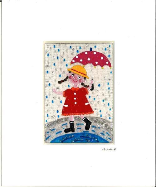 雨を喜ぶ女の子